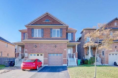 Townhouse for rent at 3285 Stoney Cres Mississauga Ontario - MLS: W4967453
