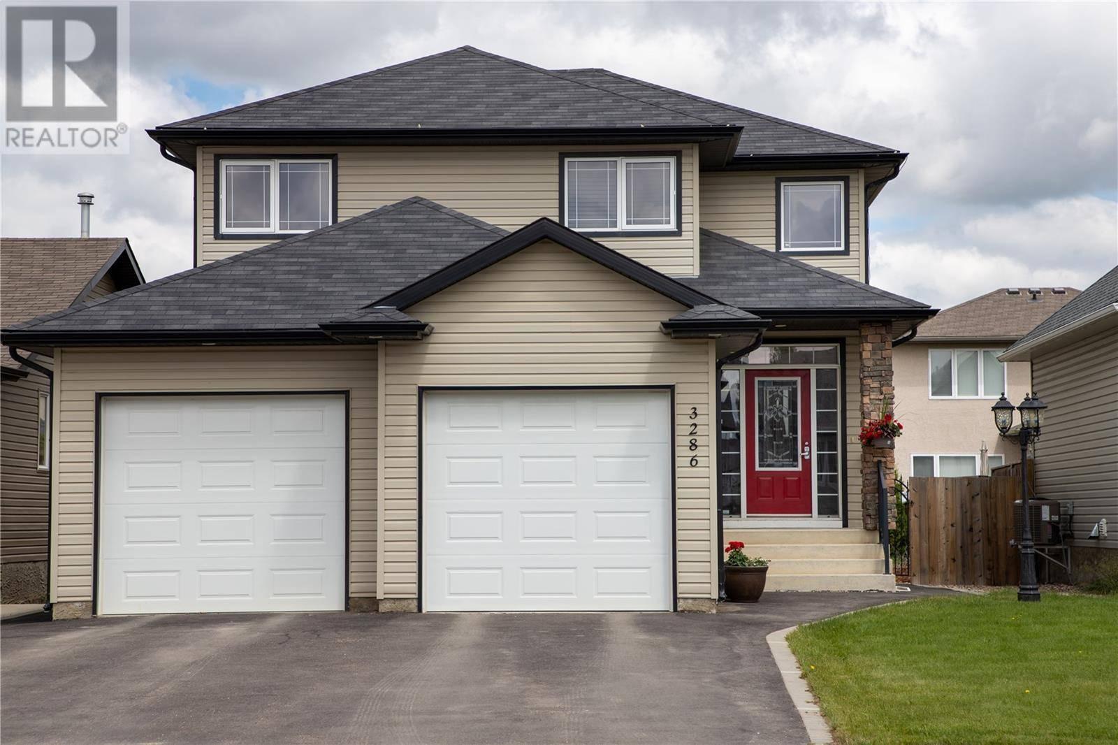 House for sale at 3286 Mcclocklin Rd Saskatoon Saskatchewan - MLS: SK777449