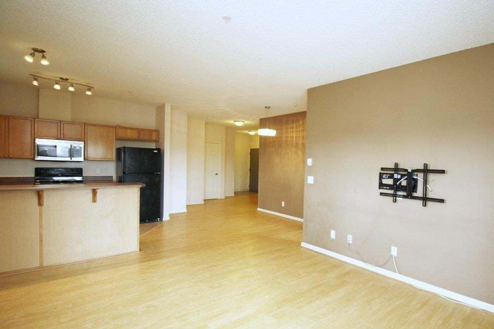 Condo for sale at 226 Macewan Rd SW Unit 329 Edmonton Alberta - MLS: E4202122