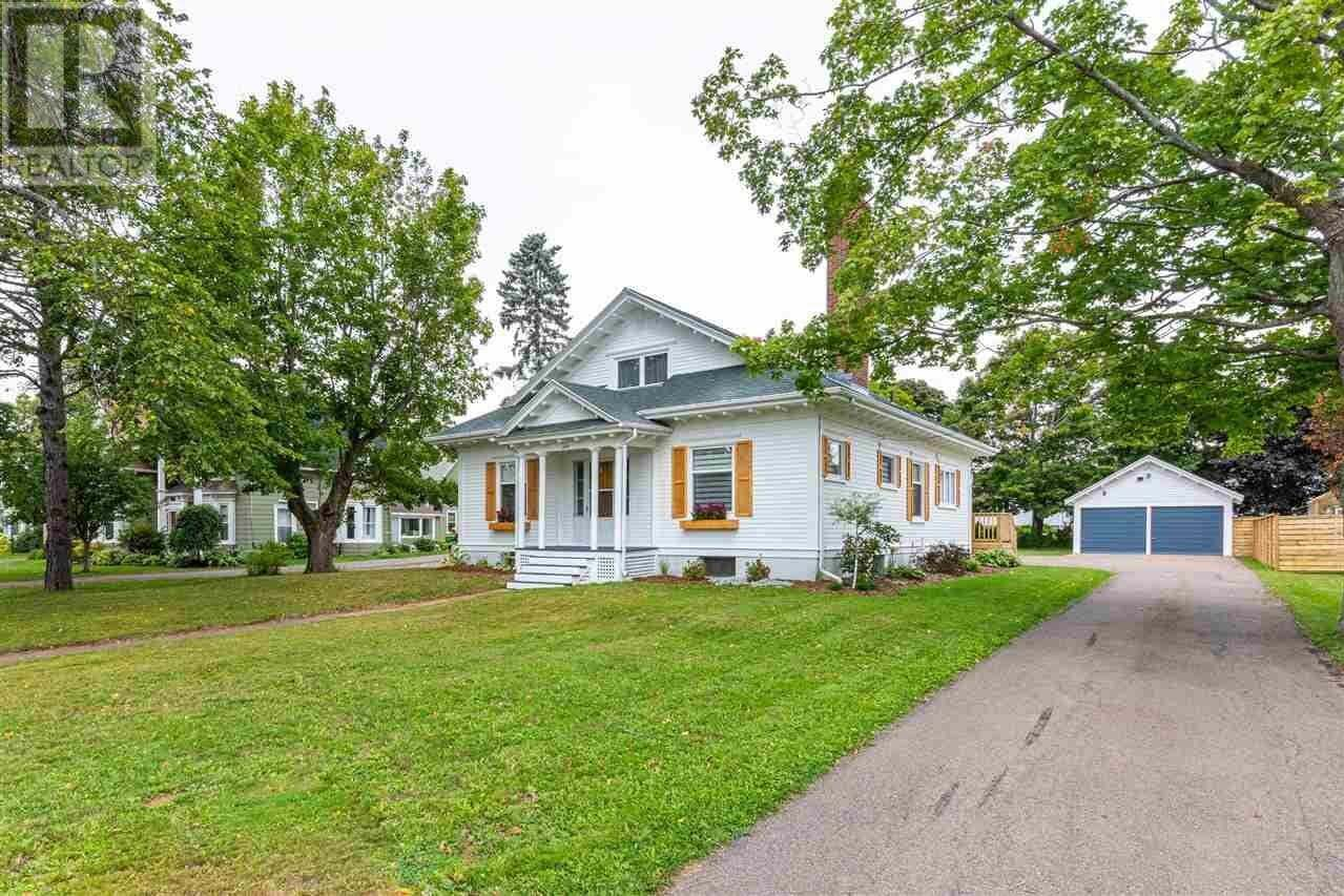 House for sale at 329 Poplar Ave Summerside Prince Edward Island - MLS: 202018706