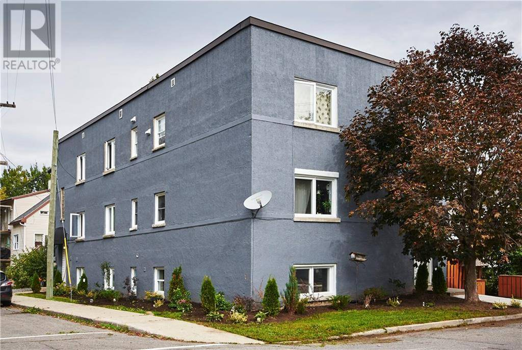 Townhouse for sale at 329 Richelieu Ave Ottawa Ontario - MLS: 1172415
