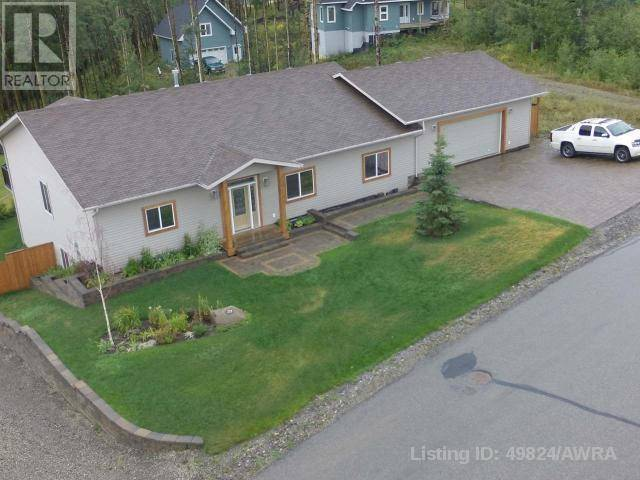 House for sale at 329 Stephenson Dr Grande Cache Alberta - MLS: 49824