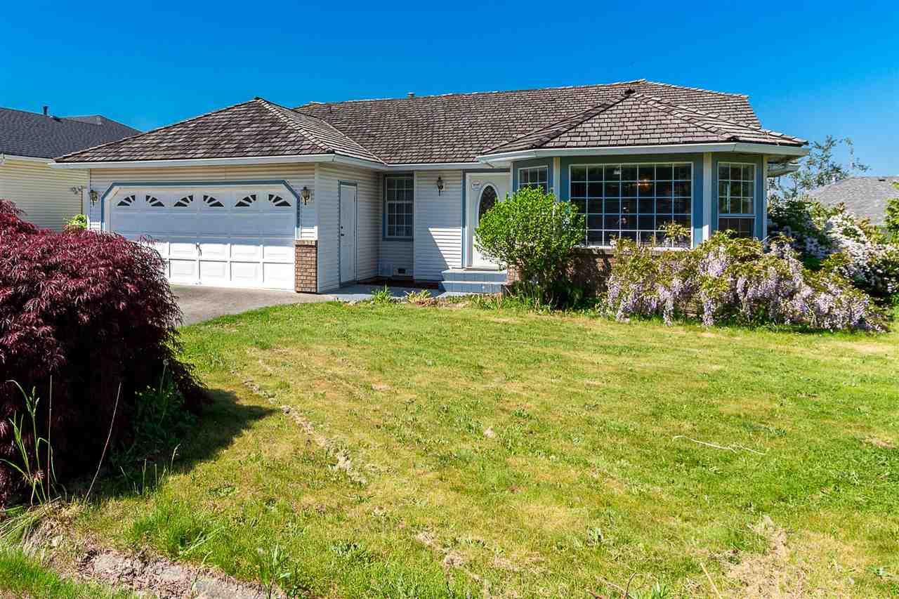 Sold: 3291 Deertrail Drive, Abbotsford, BC