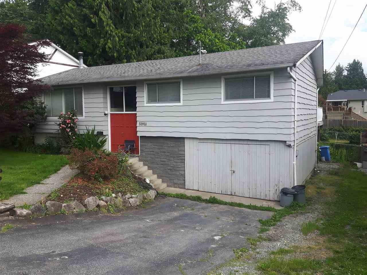 Sold: 32921 12th Avenue, Mission, BC
