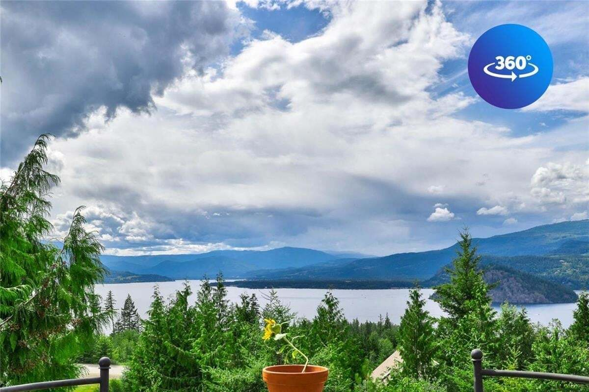 House for sale at 3295 Roncastle Rd Blind Bay British Columbia - MLS: 10210440
