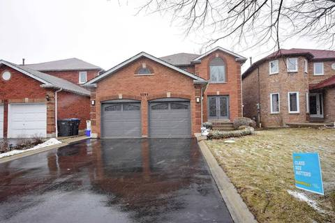 House for sale at 3299 Charlebrook Ct Mississauga Ontario - MLS: W4723873
