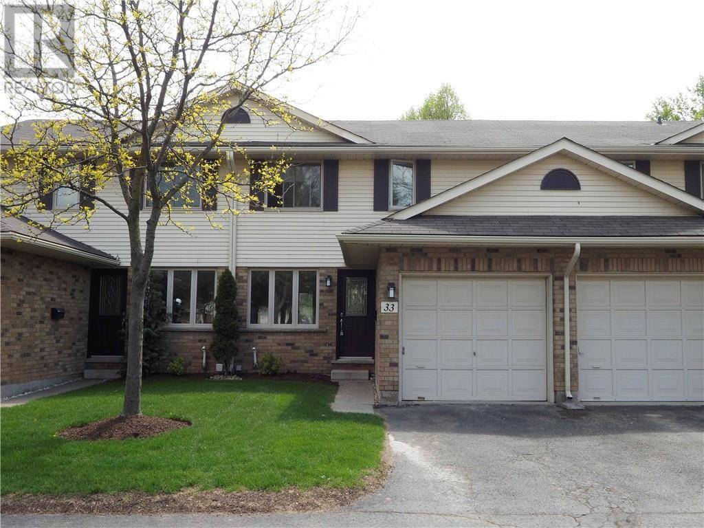 Townhouse for sale at 375 Kingscourt Dr Unit 33 Waterloo Ontario - MLS: 30804864