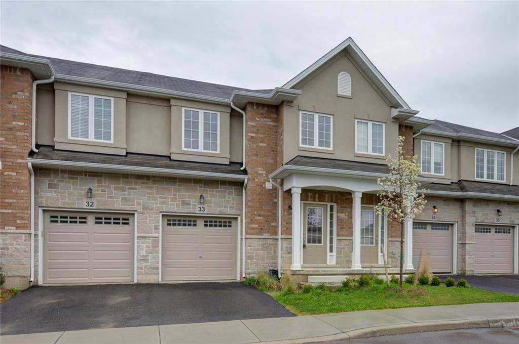 Townhouse for sale at 90 Raymond Rd Unit 33 Ancaster Ontario - MLS: H4059235