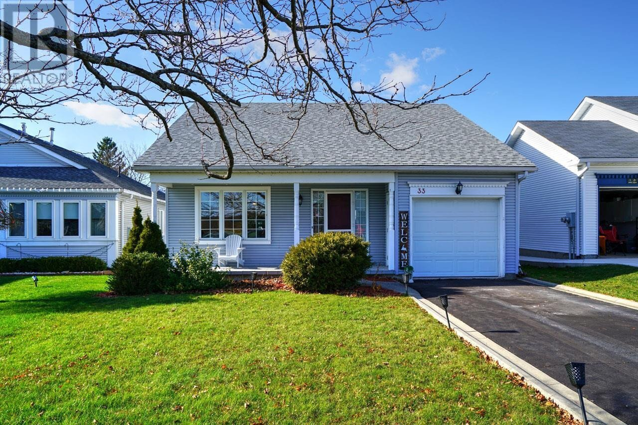 House for sale at 33 Abbey Dawn Dr Bath Ontario - MLS: K20006619