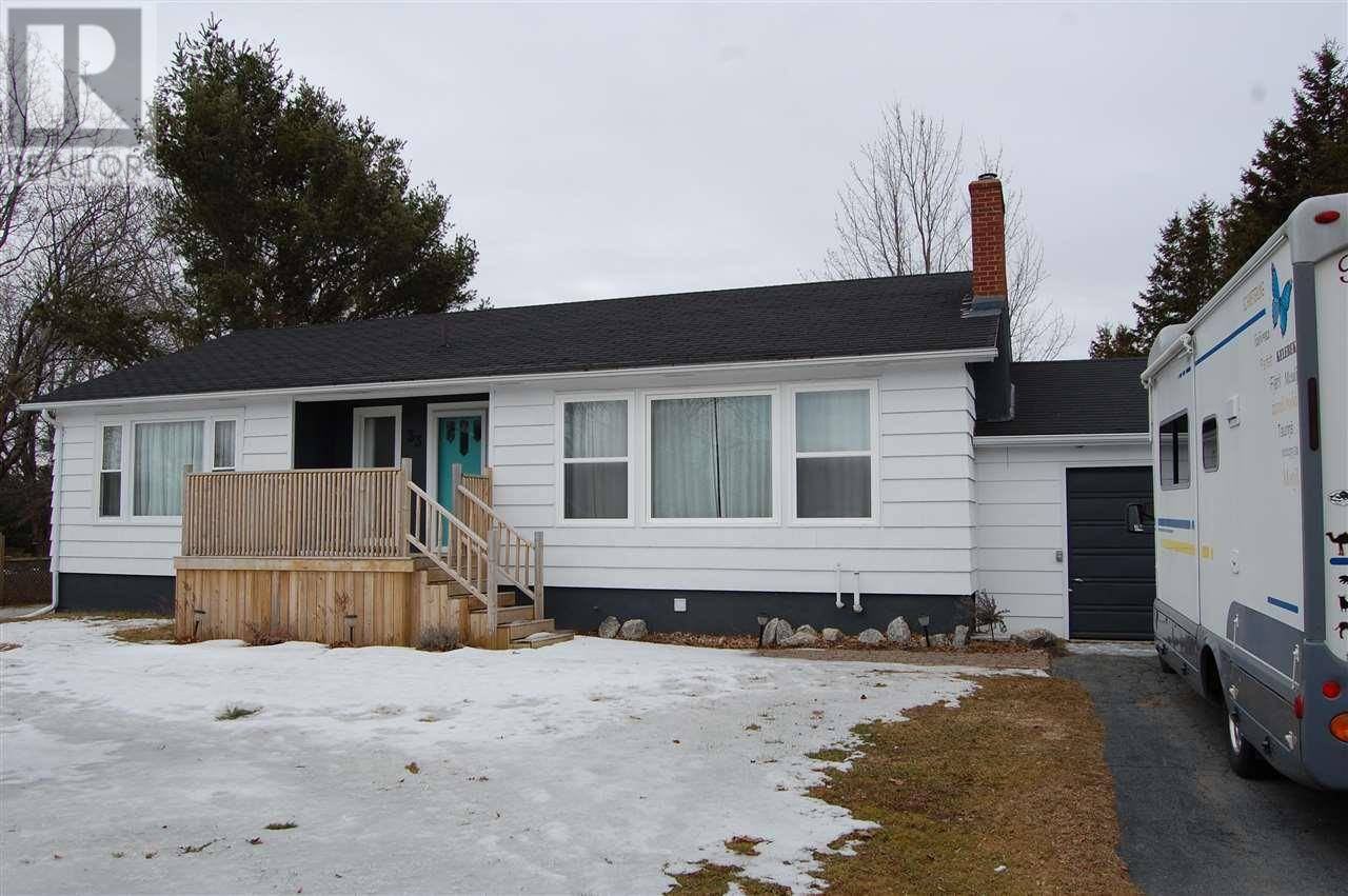 House for sale at 33 Brockville St East Kingston Nova Scotia - MLS: 202004706