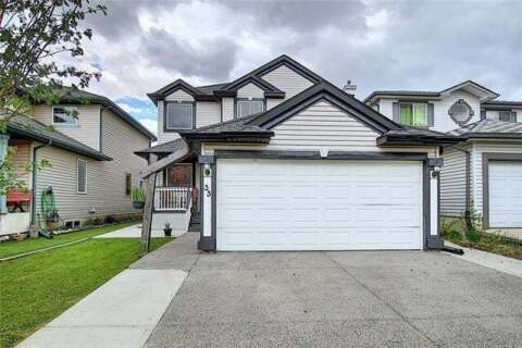 House for sale at 33 Coverton Ht Northeast Calgary Alberta - MLS: C4300012