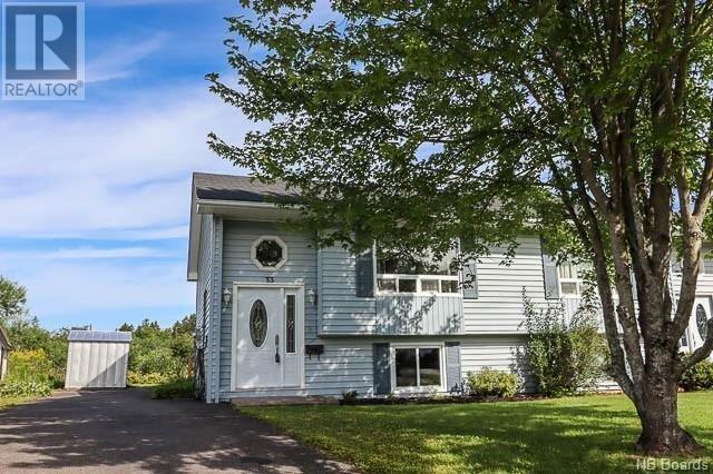 House for sale at 33 Dalila Ct Saint John New Brunswick - MLS: NB047080