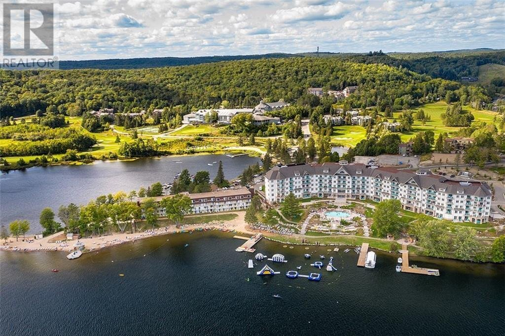 Condo for sale at 33 Deerhurst Resort - The Greens Dr Huntsville Ontario - MLS: 40041240