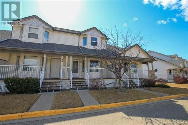 Townhouse for sale at 33 Donlevy Ave Red Deer Alberta - MLS: CA0190033