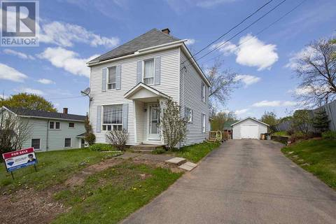 House for sale at 33 Eddy St Amherst Nova Scotia - MLS: 201828124