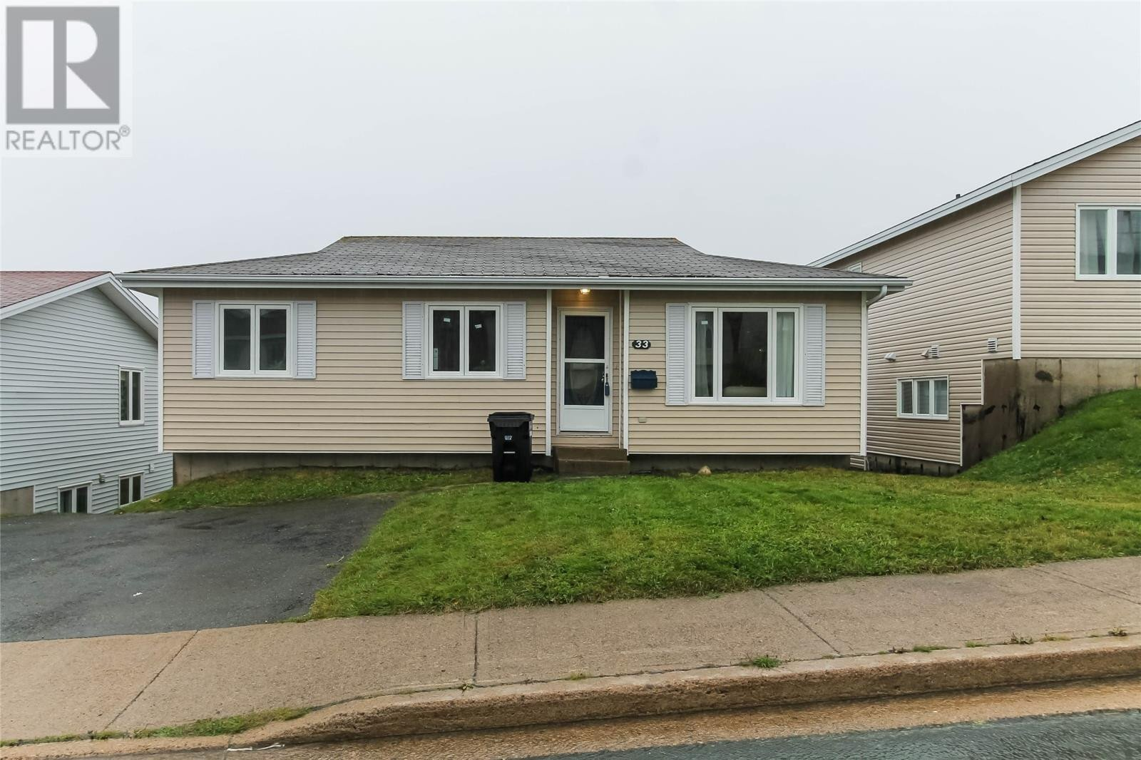 House for sale at 33 Edgecombe Dr St. John's Newfoundland - MLS: 1222864