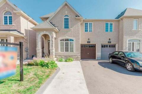 Townhouse for sale at 33 Education Rd Brampton Ontario - MLS: W4928362