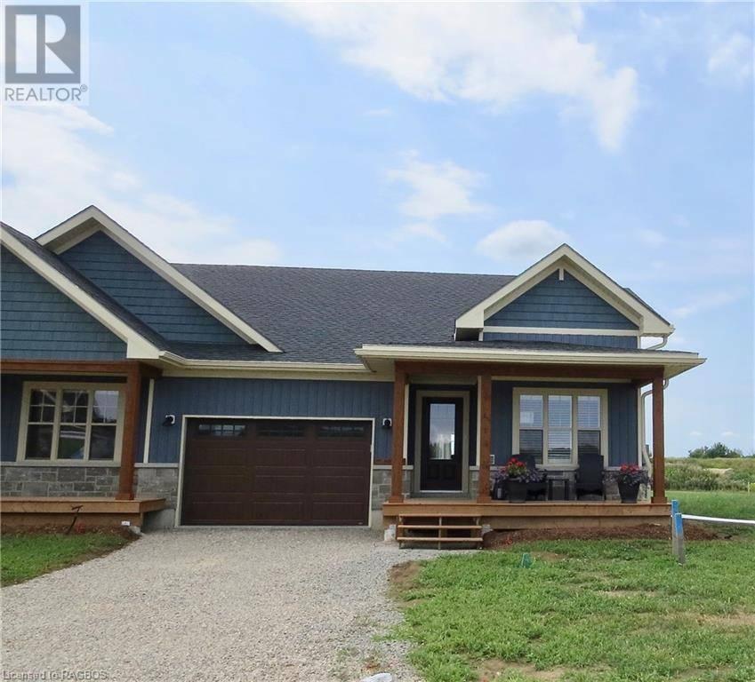 Townhouse for sale at 33 Fairway Ln Saugeen Shores Ontario - MLS: 251662