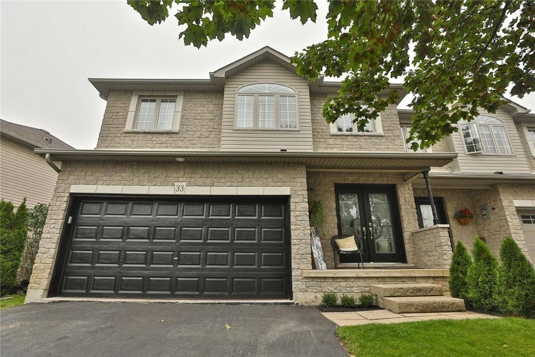 Townhouse for sale at 33 Foxborough Dr Ancaster Ontario - MLS: H4088404