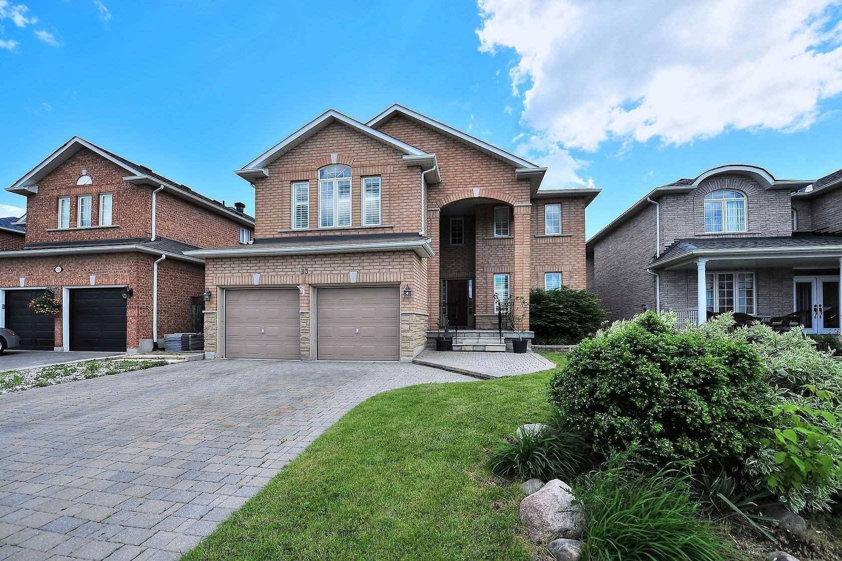 House for sale at 33 Logwood Dr Vaughan Ontario - MLS: N4545917