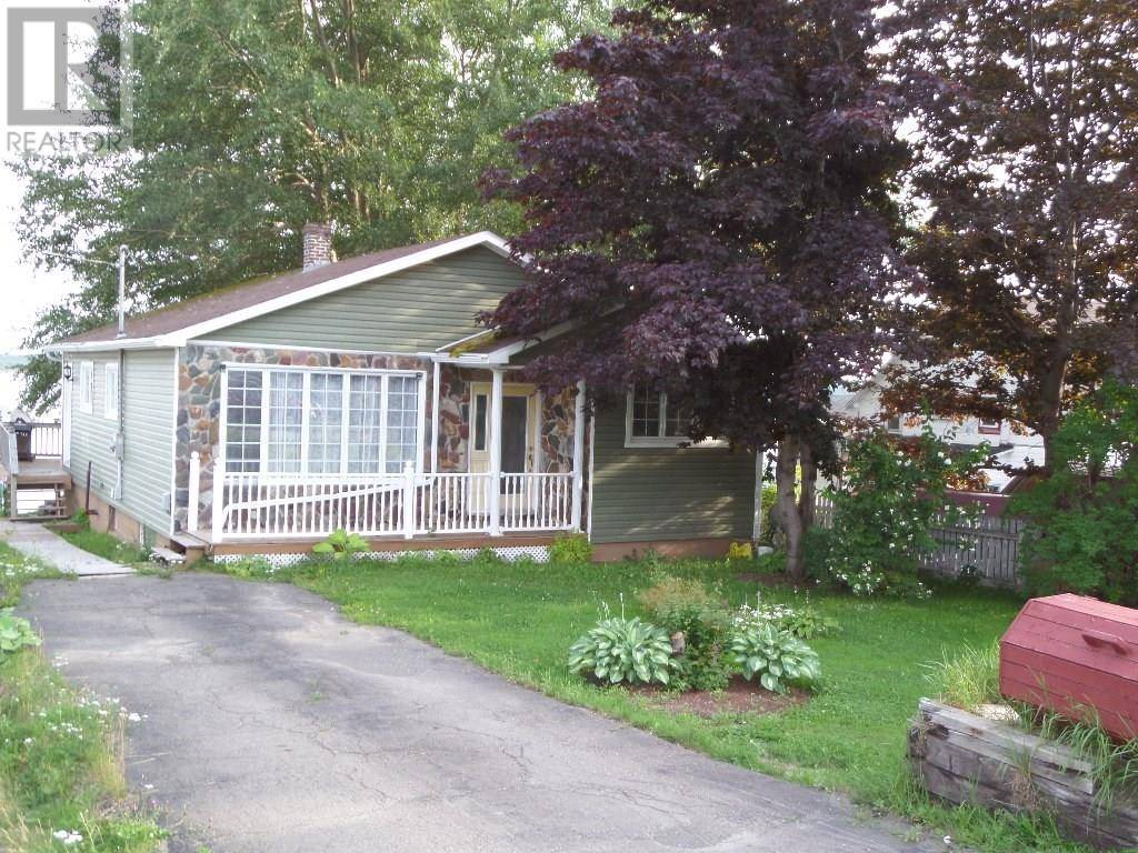 House for sale at 33 Main St Lewisporte Newfoundland - MLS: 1201060