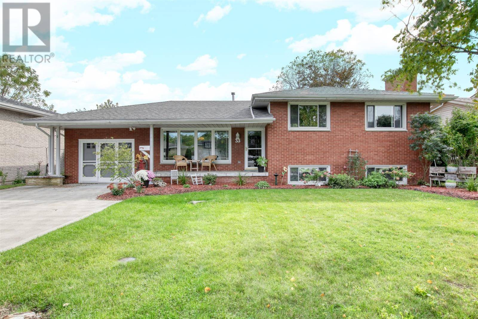 House for sale at 33 Main St North Amherstburg Ontario - MLS: 19026561