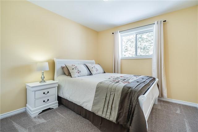 For Sale: 33 Maple Avenue, Adjala Tosorontio, ON | 3 Bed, 2 Bath House for $699,900. See 10 photos!
