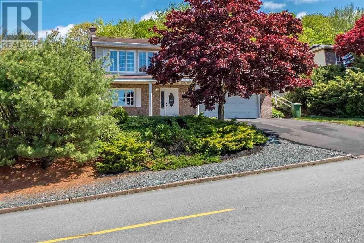 House for sale at 33 Montebello Dr Dartmouth Nova Scotia - MLS: 202009579