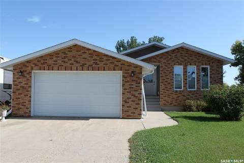 House for sale at 33 Morin Cres Gravelbourg Saskatchewan - MLS: SK787028