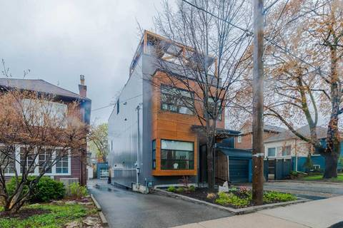 House for sale at 33 Ostend Ave Toronto Ontario - MLS: W4457599