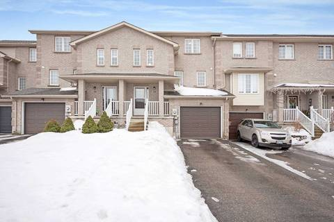Townhouse for sale at 33 Pass Ct Barrie Ontario - MLS: S4385169