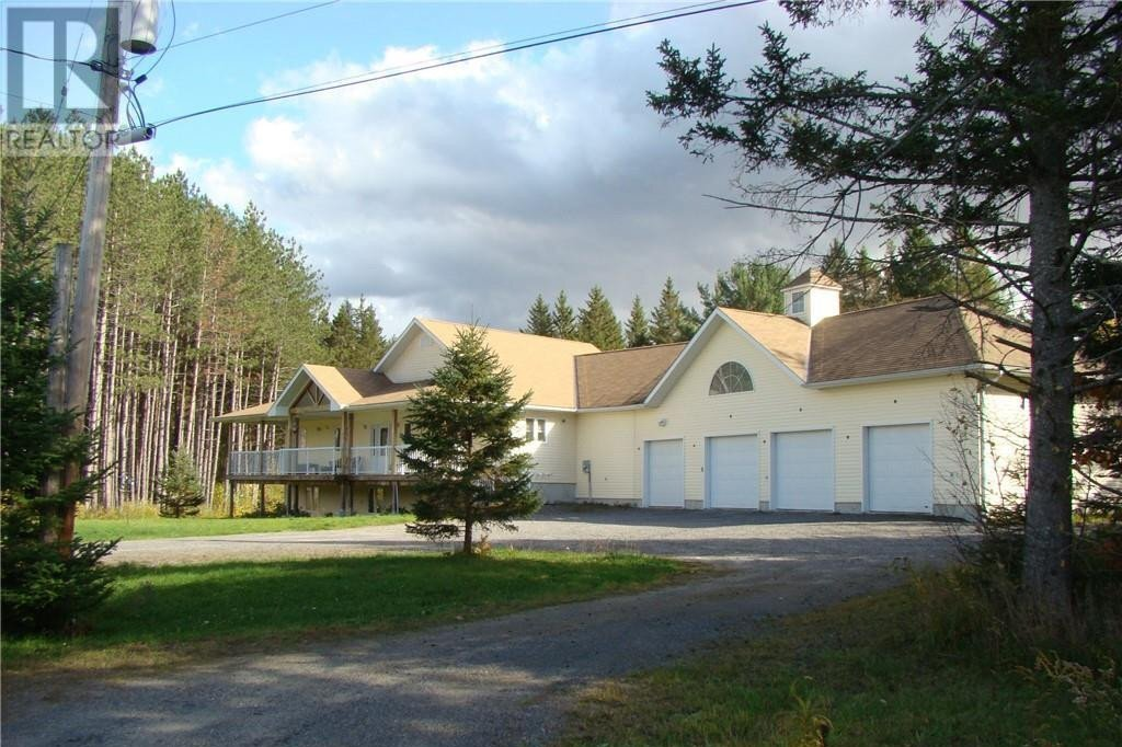 House for sale at 33 Smith's Rd Parry Sound Ontario - MLS: 40033731