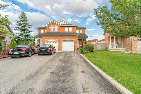 Townhouse for sale at 33 Todmorden Dr Brampton Ontario - MLS: W4811841