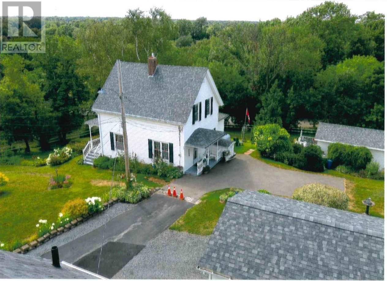 House for sale at 33 William St New Glasgow Nova Scotia - MLS: 202006436