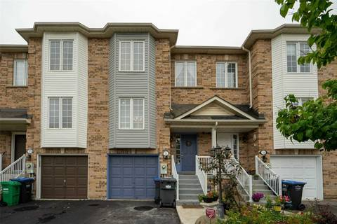 Townhouse for sale at 33 Wilmont Ct Brampton Ontario - MLS: W4576423
