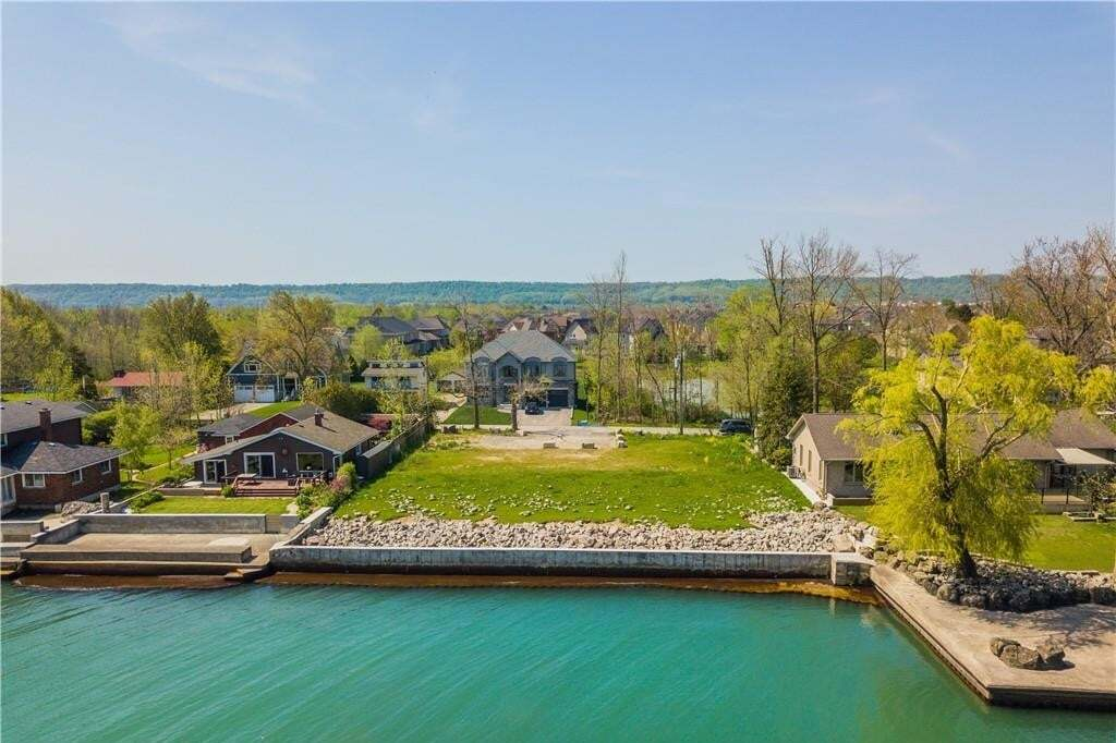 Residential property for sale at 33 Windemere Rd Stoney Creek Ontario - MLS: H4086052