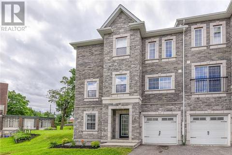 Townhouse for sale at 33 Woolwich St Kitchener Ontario - MLS: 30747641