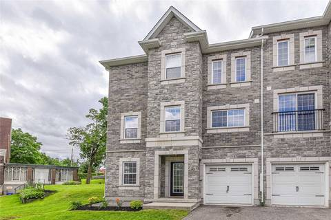 Townhouse for sale at 33 Woolwich St Kitchener Ontario - MLS: X4499043