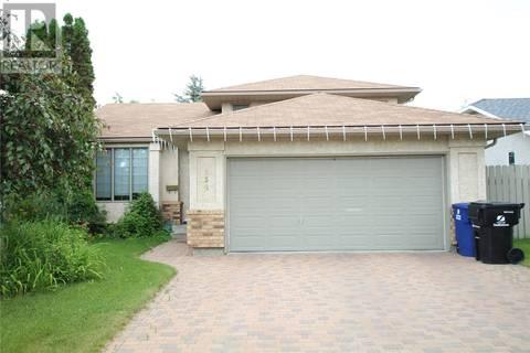 House for sale at 330 Blackthorn Cres Saskatoon Saskatchewan - MLS: SK773390