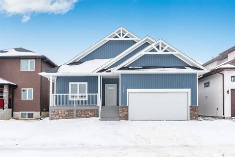 House for sale at 330 Burgess Cres Saskatoon Saskatchewan - MLS: SK798375