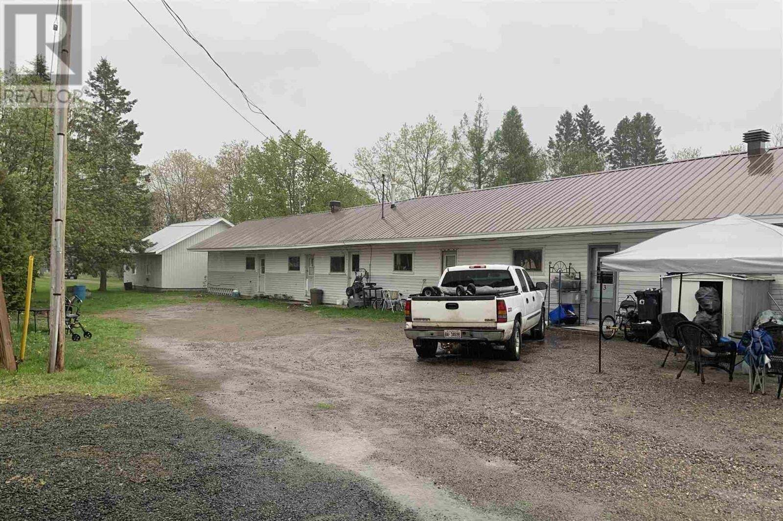 Townhouse for sale at 330 Federation St N Thessalon Ontario - MLS: SM128655