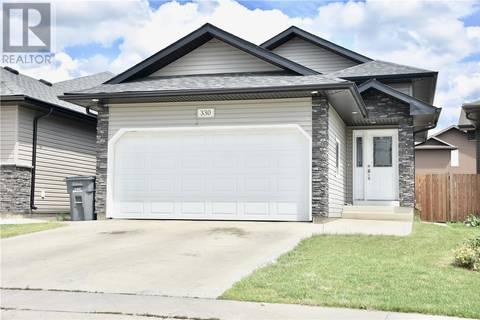 House for sale at 330 Henick Ln Saskatoon Saskatchewan - MLS: SK779194
