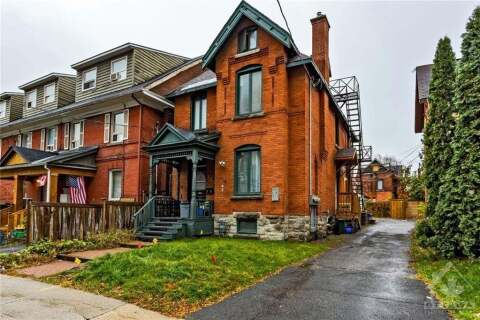Townhouse for sale at 330 Nepean St Ottawa Ontario - MLS: 1212948