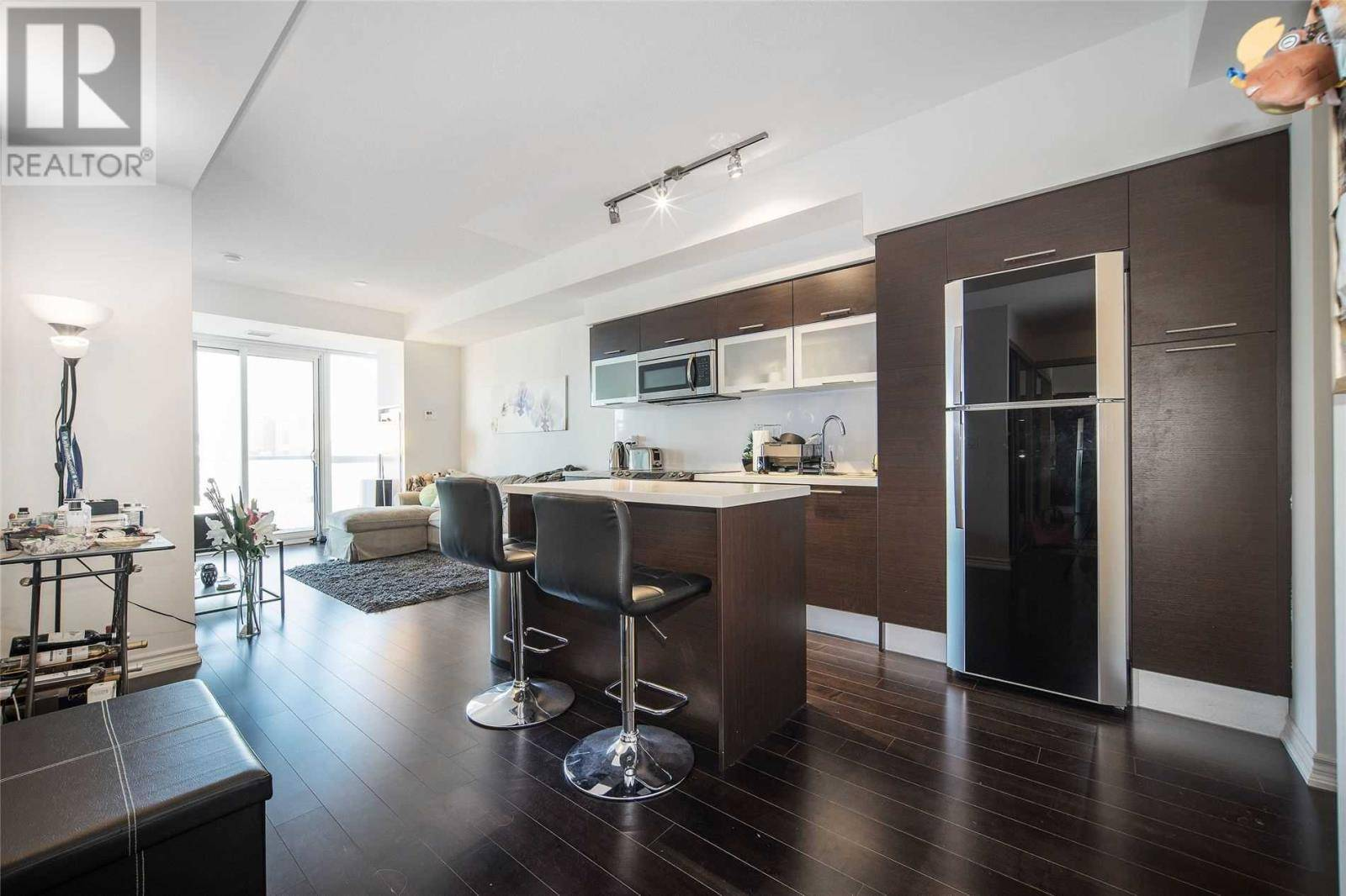 Condo for sale at 386 Yonge St Unit 3308 Toronto Ontario - MLS: C4614097