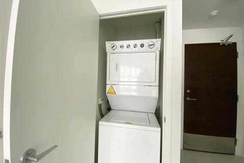 Apartment for rent at 21 Iceboat Terr Unit 3309 Toronto Ontario - MLS: C4819511