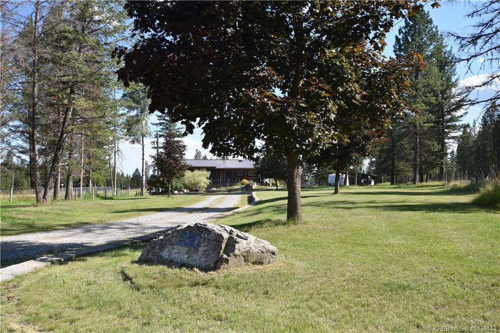 3310 Pine Ridge Road , Kimberley Rural | Image 1