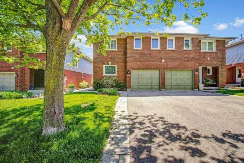 Townhouse for sale at 332 Howell Rd Oakville Ontario - MLS: W4773194