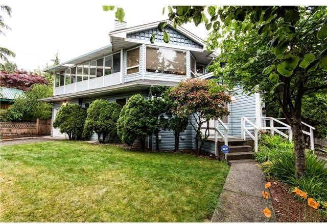 Townhouse for rent at 332 St Patricks Ave North Vancouver British Columbia - MLS: R2408171