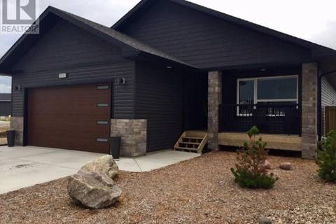 House for sale at 3320 41 Ave Lloydminster Saskatchewan - MLS: SK795474