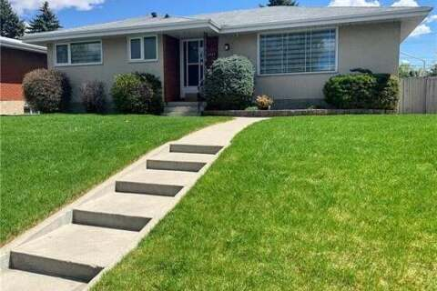 House for sale at 3320 Copithorne Rd Northwest Calgary Alberta - MLS: C4300267